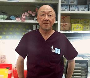 臼井 朋明医師